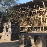 スクー寺院一部修復作業中