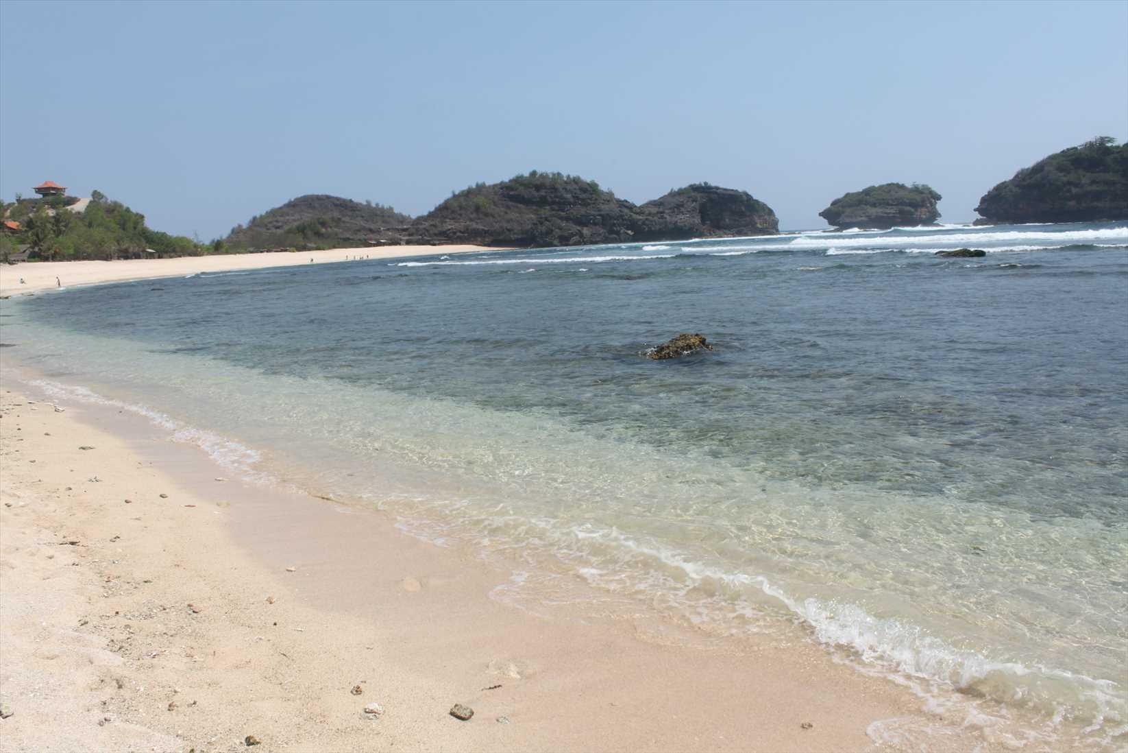 Pantai Watu Karung 2