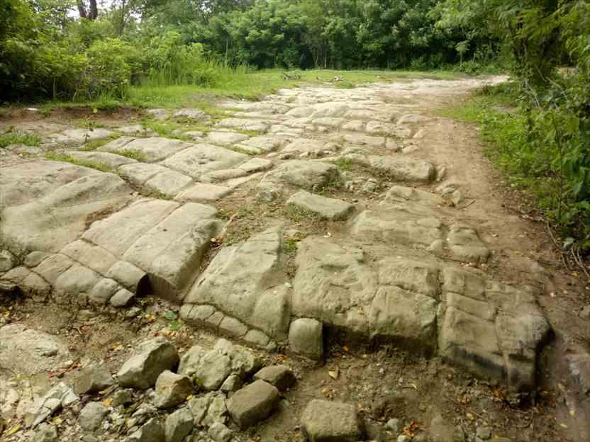 アバン遺跡の階段