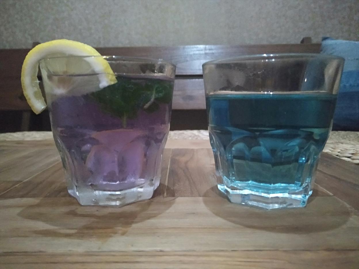 青いお茶バタフライピーティー